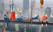 Een arbeidsongeschiktheidsverzekering voor een zzp'er in de bouw is duurder dan een arbeidsongeschiktheidsverzekering voor een zelfstandig adviseur die voornamelijk bureauwerk doet. © Alexander Lesnitsky / Pixabay